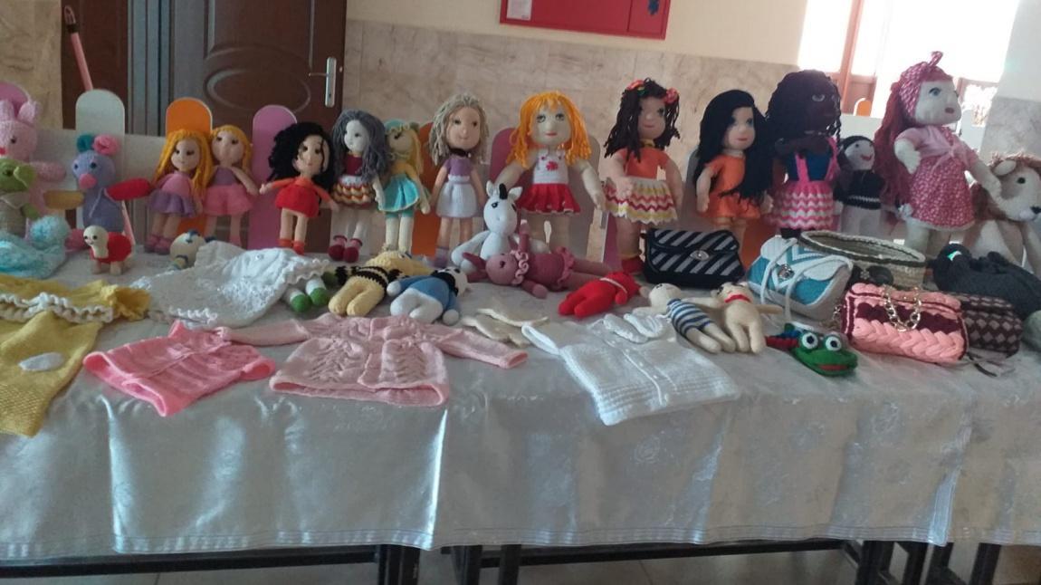 Harika el yapımı barbie bebek elbise yapimi | Barbie giysileri ... | 646x1150